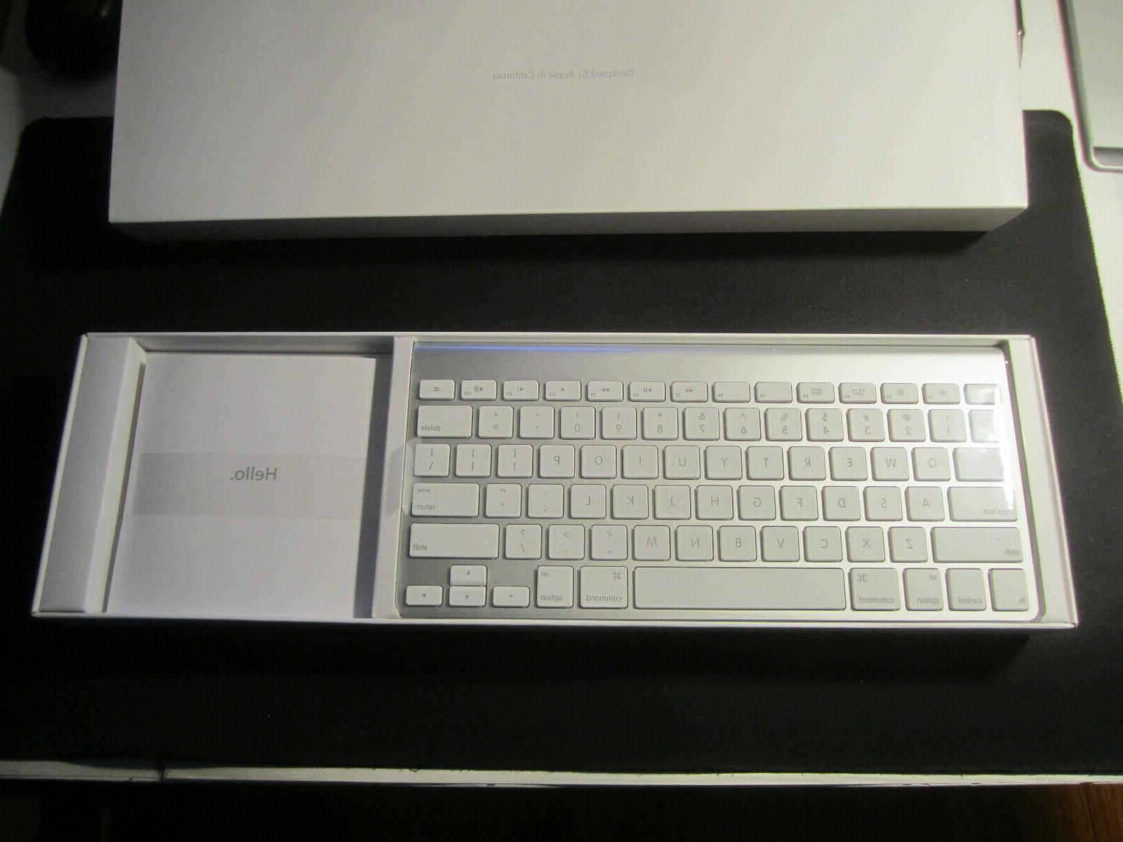 APPLE Bluetooth Keyboard A1314 A1296 MINT