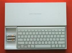 New Genuine English Apple A1255 Bluetooth Wireless Keyboard